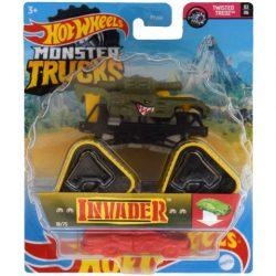 Hot Wheels Monster Trucks autó Invader